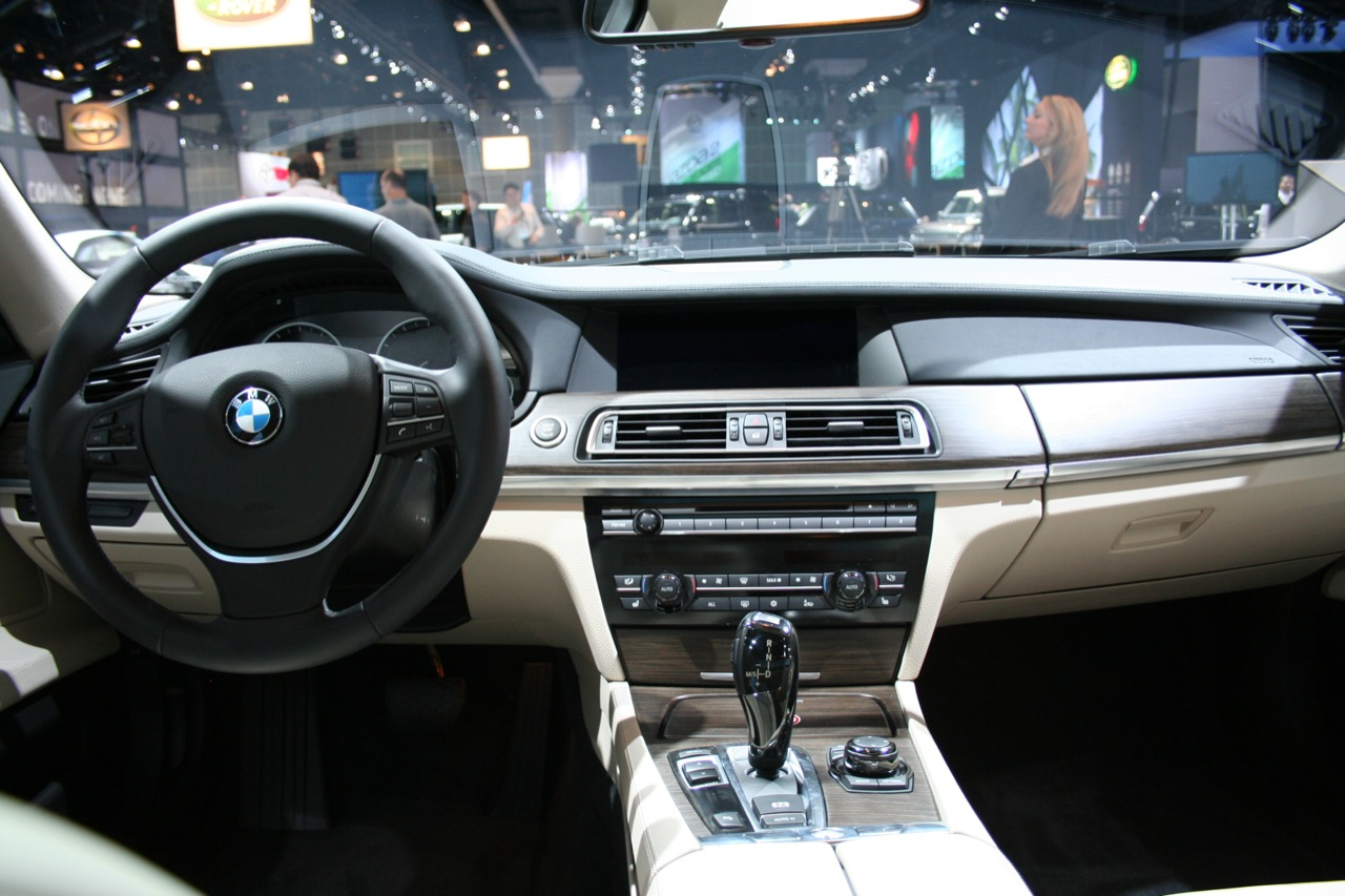 bmw-active-hybrid-7-interior