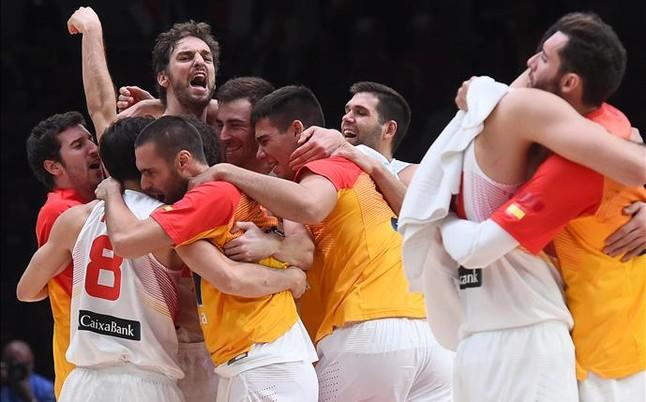 espana celebra grecia