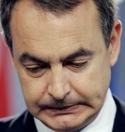 pq_925_Zapatero-deprimido.jpg