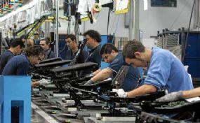 pq_927_trabajadores-en-fabrica.jpg