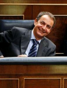 pq__zapatero-presupuestos-risa.jpg