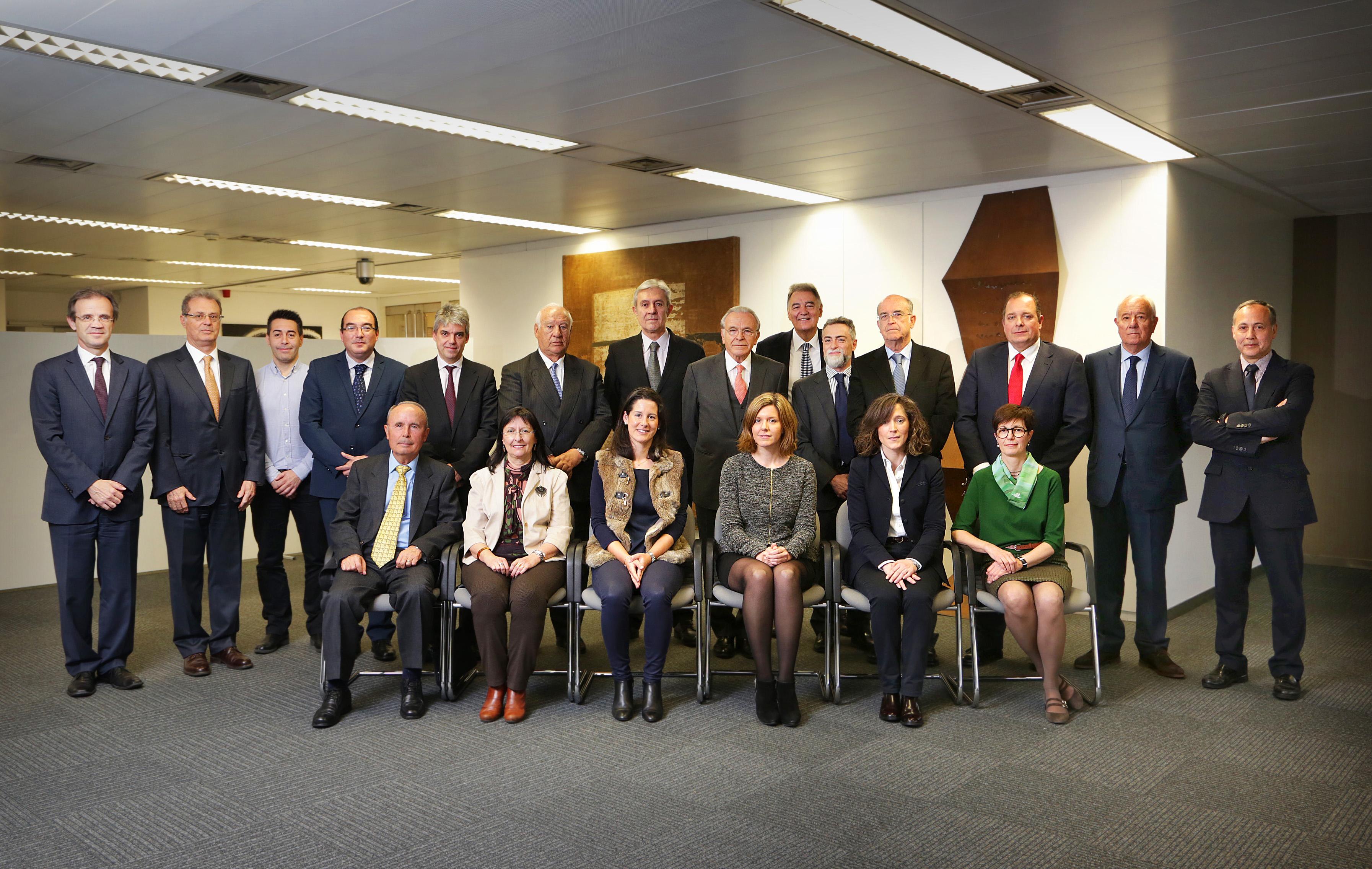 17.03.2016, Barcelona Sr Isidre Fainé, President de La Caixa, es reuneix amb el Comitè Consultiu d'Accionistes de CaixaBank als SSCC de La Caixa.
