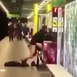 pareja metro barceloa