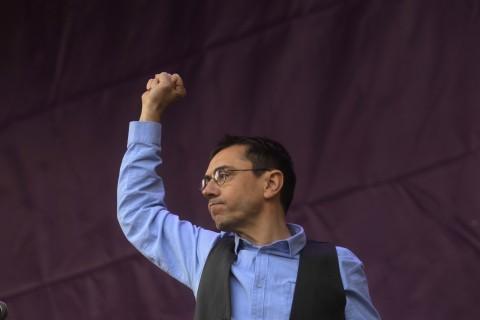 Madrid, 31 de enero de 2015. Marcha del Cambio convocada por Podemos. En la imagen, el secretario de Proceso Constituyente, Juan Carlos Monedero. Foto: Antonio Heredia