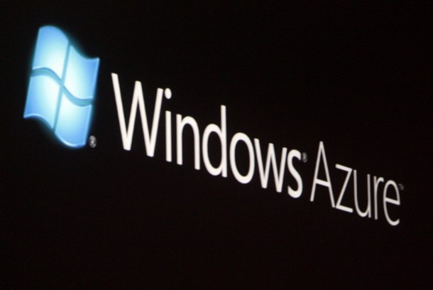 The launch of Windows Azure, with its logo shown on a screen, is announced by Chief Software Architect at Microsoft Ray Ozzie at the 2008 Microsoft Professional Developers Conference in Los Angeles October 27, 2008. Windows Azure is the cloud-based service foundation underlying its Azure Services Platform. REUTERS/Fred Prouser    (UNITED STATES)